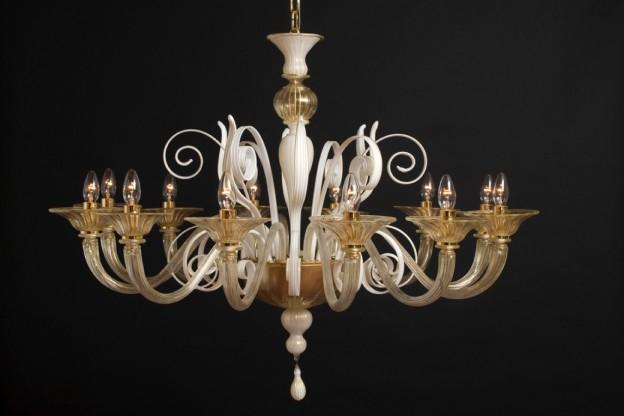 Produzione lampadario artigianale veneziano SIRIO lavorazione vetro di Murano originale