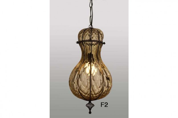 Produzione lanterna artigianale veneziana F2 lavorazione vetro di Murano originale