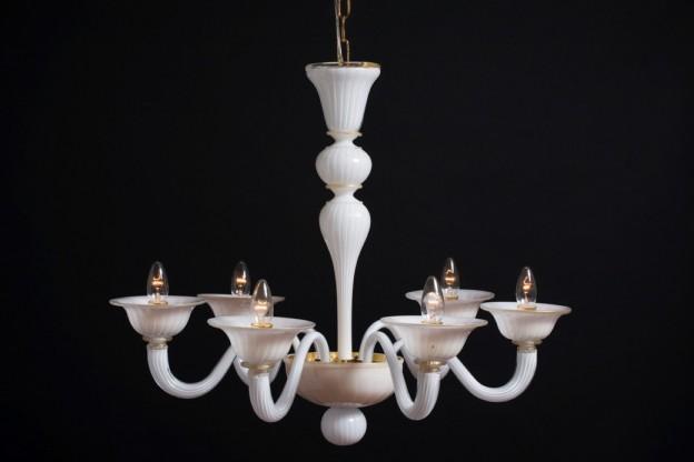 Produzione lampadario artigianale veneziano BIANCA lavorazione vetro di Murano originale